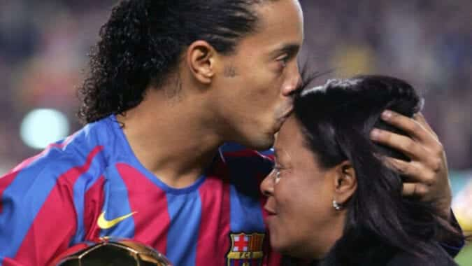 The death of his mother dissolves Ronaldinho