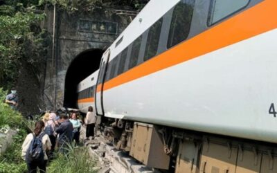 Train derails in Taiwan: at least 36 people lost their lives