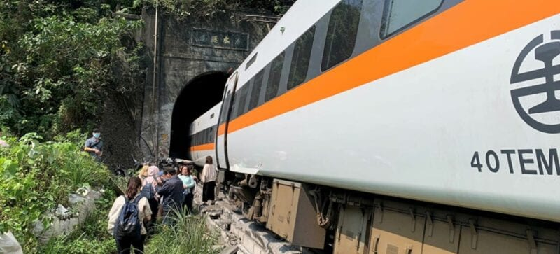 Train derails in Taiwan at least 36 people lost their lives