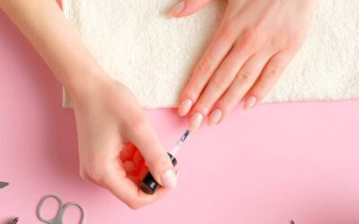 8 Nail Care tips for your nails that you can prepare at home